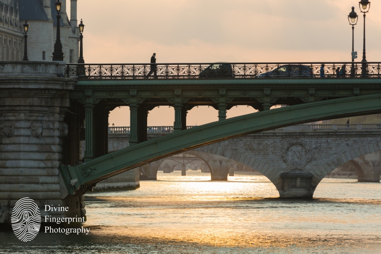 Bridge to Notre-Dame de Paris